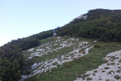 Od sedla proti vrhu